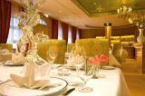 Ost Nachrichten & Osten News | Foto: Das renommierte Sternerestaurant Caroussel im Relais & Châteaux Hotel Bülow Palais Dresden.