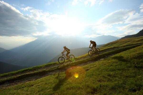 Auto News | Mountainbiken im wunderschönen Meraner Land - Michael Müller - MGM