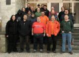 Wiesbaden-Infos.de - Wiesbaden Infos & Wiesbaden Tipps | Foto: Zur Mittagspause gesellten sich viele Teilnehmer für ein Gruppenfoto vor die Tür.