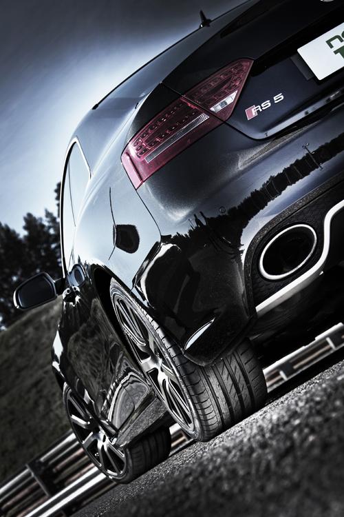 Rom-News.de - Rom Infos & Rom Tipps | Der sportliche Nokian zLine Ultra High Performance Sommerreifen bietet stabiles, sicheres Fahrverhalten mit praezisem Handling für schnelles Fahren auch bei extremer Beanspruchung als cooles Top-Modell     Foto: Nokian Tyres