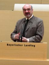 Bayern-24/7.de - Bayern Infos & Bayern Tipps | Sozialpolitischer Sprecher der FREIEN WÄHLER Landtagsfraktion: Prof. (Univ.Lima) Dr. Peter Bauer