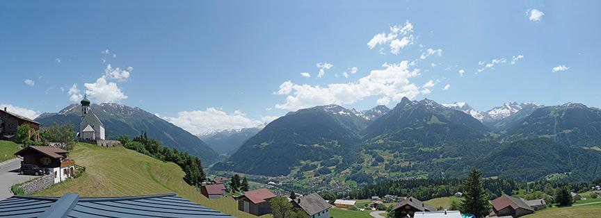 Panorama aus einem unserer gemütlichen Balkonzimmer im Hotel Bergerhof